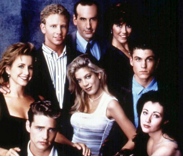SOL, SEX OG SÅPE: «Beverly Hills, 90210» tok verden med storm. Nå kommer skuespillerne tilbake til skjermen. Foto: REX / Moviestore Collection