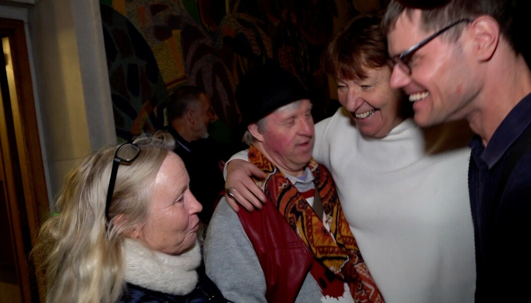 BEKLAGET: Ordfører Marianne Borgen gikk ut av bystyremøtet for å forsikre familien om at de kan føle seg trygge. Foto: Siv Johanne Seglem