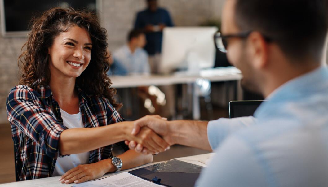 VÆR GODT FORBEREDT: Dersom du stiller uforberedt på jobbintervjuet, er det fort gjort å si noe du ikke burde. FOTO: NTB Scanpix