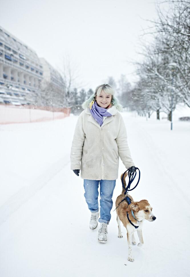 <strong>SER FREMOVER:</strong> Mathilde drømmer om å kunne leve et helt normalt liv med jobb, og at Vito kan være ved hennes side hele veien. FOTO: Geir Dokken