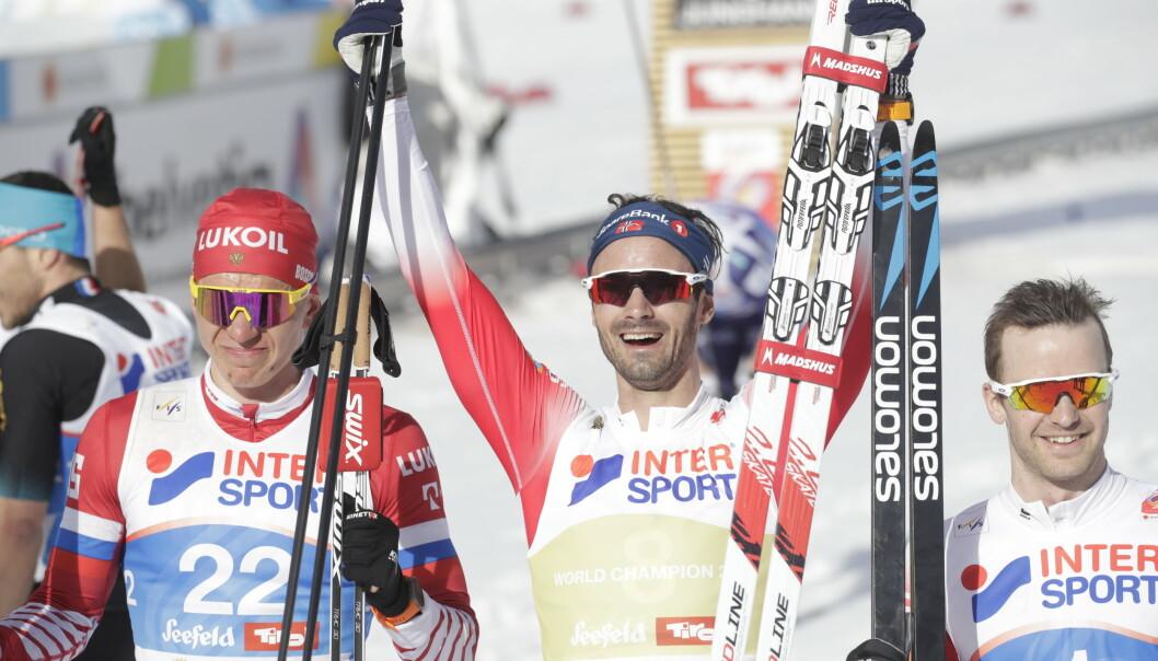 <strong>GULLMANNEN:</strong> Hans Christer Holund, her sammen med sølvvinner Alexander Bolsjunov og bronsevinner Sjur Røthe. Foto: Bjørn Langsem/Dagbladet
