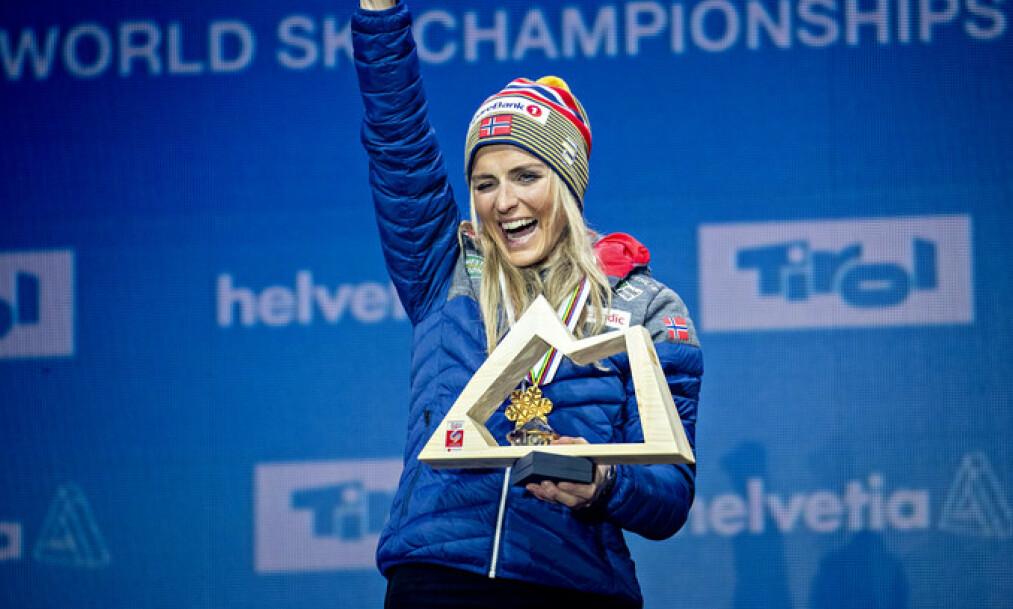 <strong>SUVEREN:</strong> Therese Johaug tok tre av Norges 13 gull. Det må naturligvis bli terningkast seks. Foto: Bjørn Langsem / Dagbladet