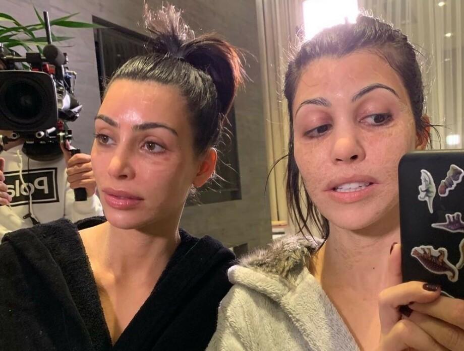 MERKELIG: Ansiktsmasken fra Hanacure, en kjendisfavoritt, blir såpass stram etter påføring at man blir så godt som ugjenkjennelig – slik som Kim og Kourtney Kardashian på dette bildet. FOTO: Instagram
