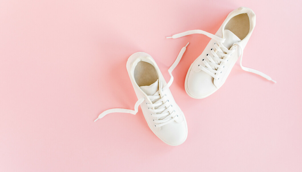 SKO SOM KNIRKER: Har du noen sko som knirker veldig når du går? Da bør du få med deg dette trikset! FOTO: NTB Scanpix