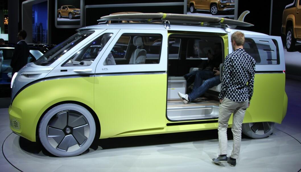 <strong>SKAL BYGGE BUSSEN:</strong> VW-sjef bekreftet i går at denne elektriske bussen skal i serie-produksjon. Foto: Rune Korsvoll