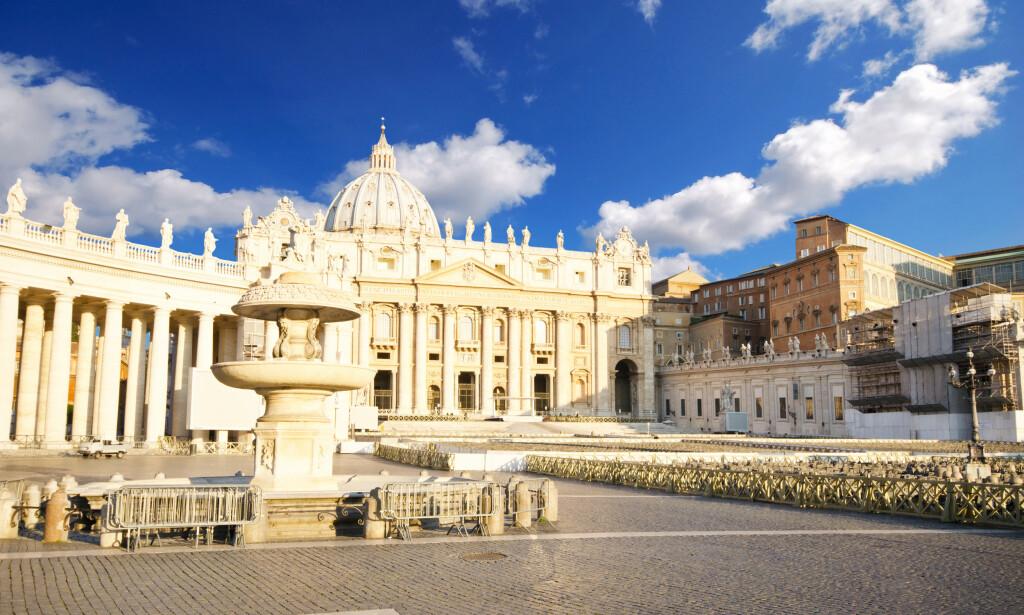 ER HUN HER? Vatikanet skjuler trolig mer enn én hemmelighet. Foto: Waj/Shutterstock/NTB Scanpix