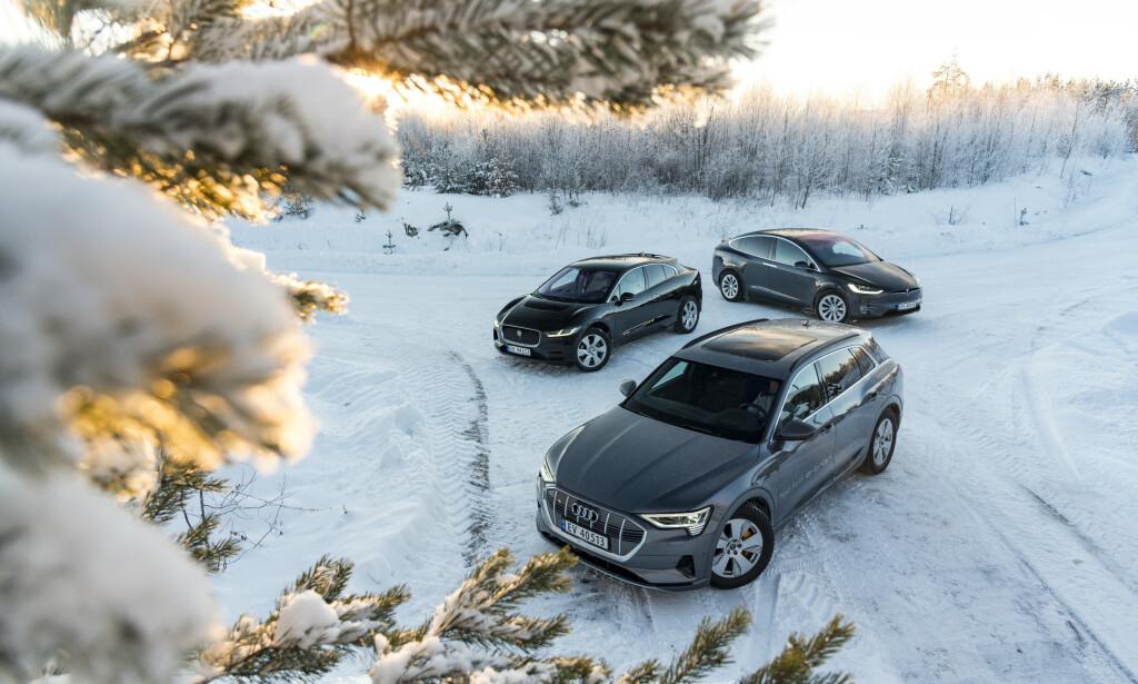 ELEKTRISK TUNGVEKTSKLASSE: Hvilken av el-SUVene står øverst på tronen? Foto: Jamieson Pothecary.