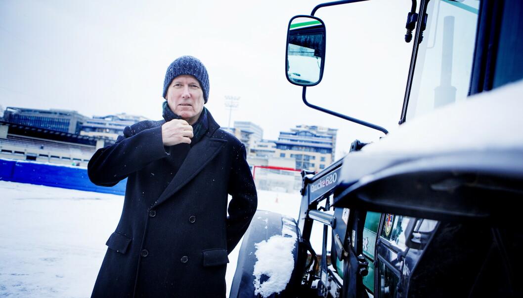 <strong>FILMAKTUELL:</strong> Regissør Hans Petter Moland tok på seg en svært vanskelig oppgave da han satte i gang med å filmatisere Per Petterson-romanen «Ut og stjæle hester». Her i forbindelse med premieren på «Kraftidioten» i 2014. Foto: Christian Roth Christensen