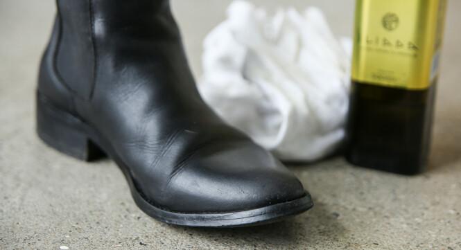 HALVBLANKE: Gni over med en tørr fille til slutt. Da blir skoen også litt blankere. Foto: Øivind Lie-Jacobsen