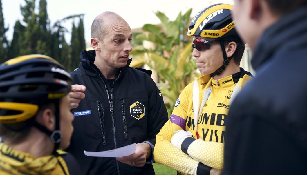 - SETTER JOBBENE I FARE: Amund Grøndahl Jansen har fått ting å tenke på etter at Georg Preidler og Stefan Denifl viste seg å være involvert i organisert doping og Seefeld-etterforskningen. Jeg er livredd for at noe sånt skal skje i laget vårt, men hvis jeg ser noe som helst mistenkelig, så sier jeg ifra, sier han til procycling.no. FOTO: Bram Berkien/Jumbo-Visma