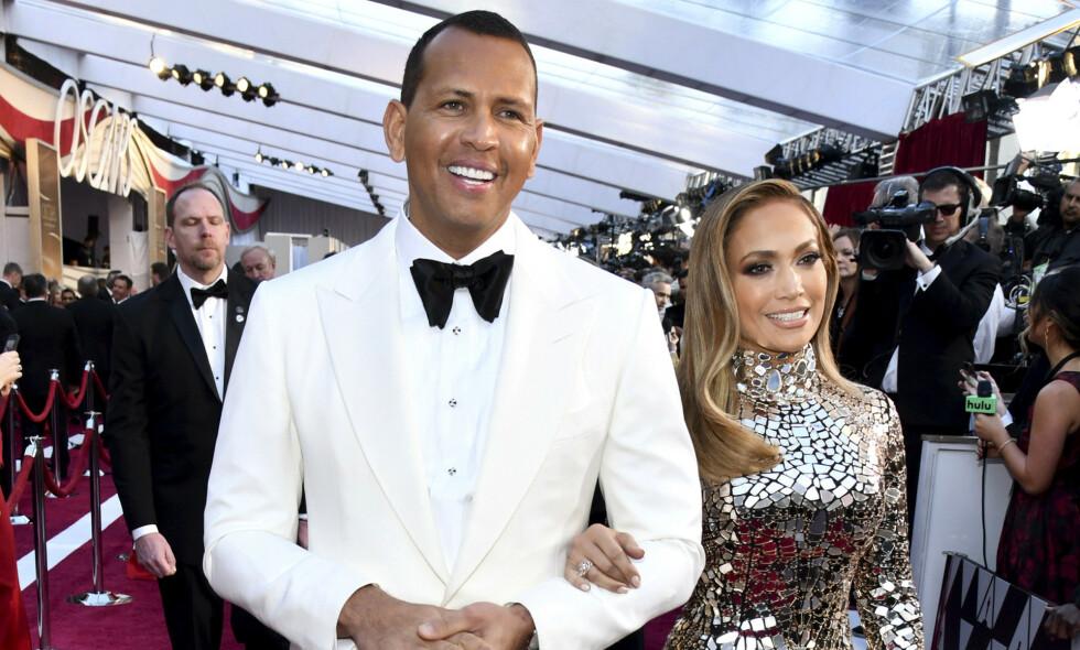 FORLOVET: Stjerneparet Jennifer Lopez og Alex «A-Rod» Rodriguez har forlovet seg. Foto: NTB Scanpix