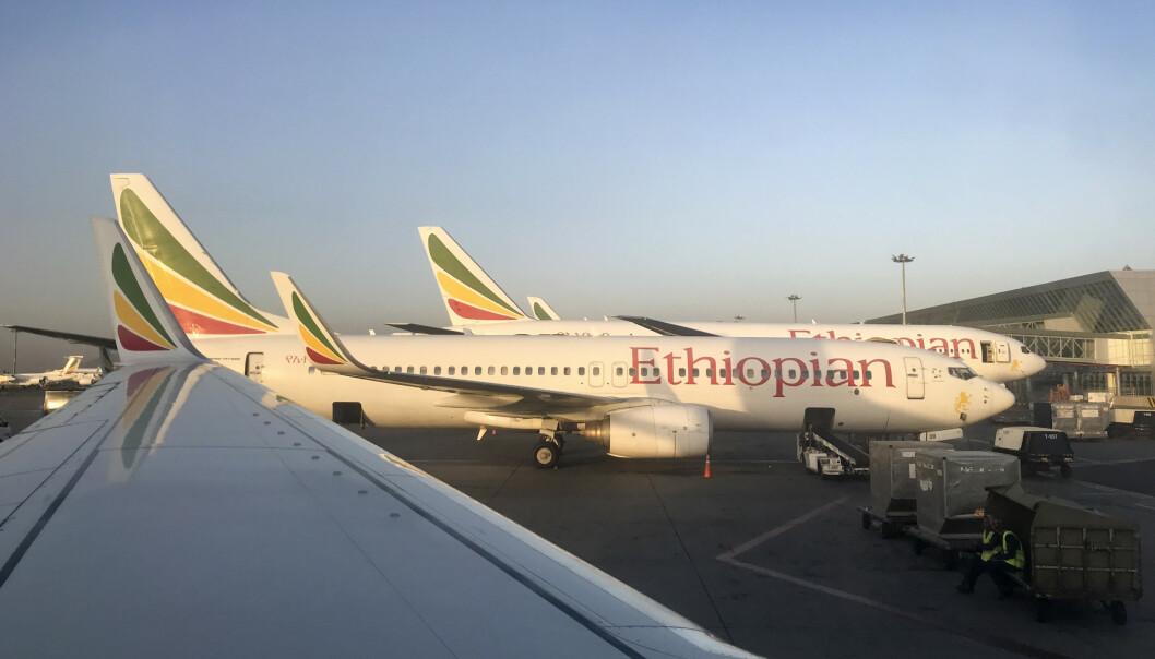 Ethiopian Airlines har parkert alle fly av typen MAX 8 etter flystyrten søndag. Foto: Ben Curtis / AP / NTB scanpix