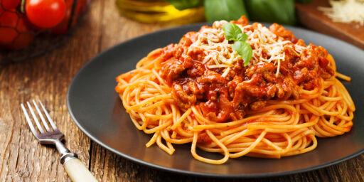 image: Ordfører i harnisk: Lei av spaghetti bolognese