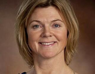 MØTELEDELSE: Fylkesleder Lise Berger Svenkerud ser ingen problemer med at Tonning Riise ledet årsmøtet til Innlandet Høyre. Foto: Innlandet Høyre