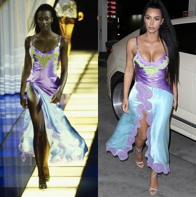 FRA CATWALKEN: Naomi så fantastisk ut i denne Versace-kjolen i 1996 – og dét gjorde også Kim, 23 år senere. (Legg merke til at realitystjernen til og med har kreppet håret, akkurat som Naomi, for anledningen!) FOTO: Instagram
