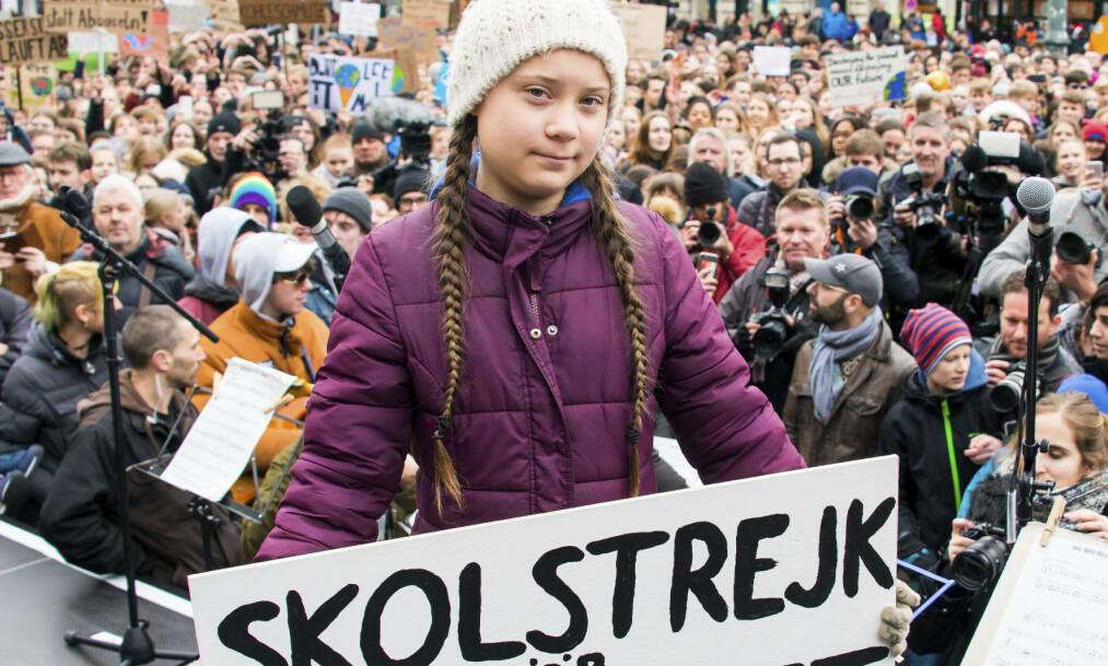 Greta Thunberg vil at politikere handler for å bremse de globale klimaendringene. Foto: Daniel Reinhardt/dpa via AP)