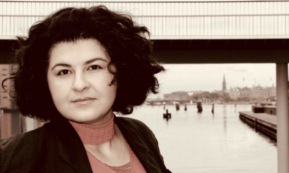 <strong>SIKTET:</strong> Jaleh Tavakoli er en av flere som er siktet i Danmark for å ha delt en video fra dobbeltdrapet i Marokko. Nå risikerer hun å miste fosterdattera på sju år, som hun har hatt siden jenta var to dager gammel. Foto: Privat