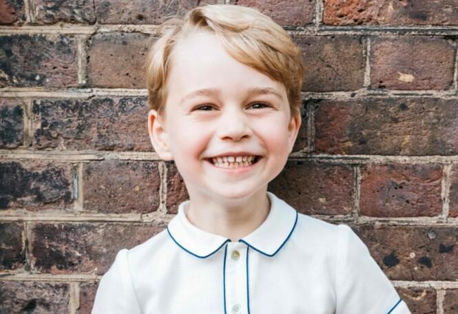 LANG VEI Å GÅ: Prins George har lengst vei å gå før han en dag skal overta tronen i Storbritannia. Mens de andre har besteforeldre eller foreldre på tronen i dag, er Georges oldemor dronning Elizabeth (92) fortsatt i full vigør. Foto: NTB Scanpix