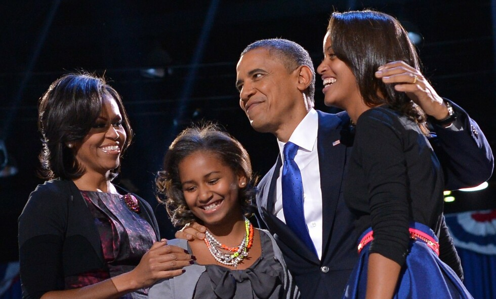 LIVET I DET HVITE HUS: Michelle Obama snakker åpenhjertig om hvordan det var å oppdra barn i Det hvite hus. Her er familien avbildet i 2012. Foto: NTB Scanpix