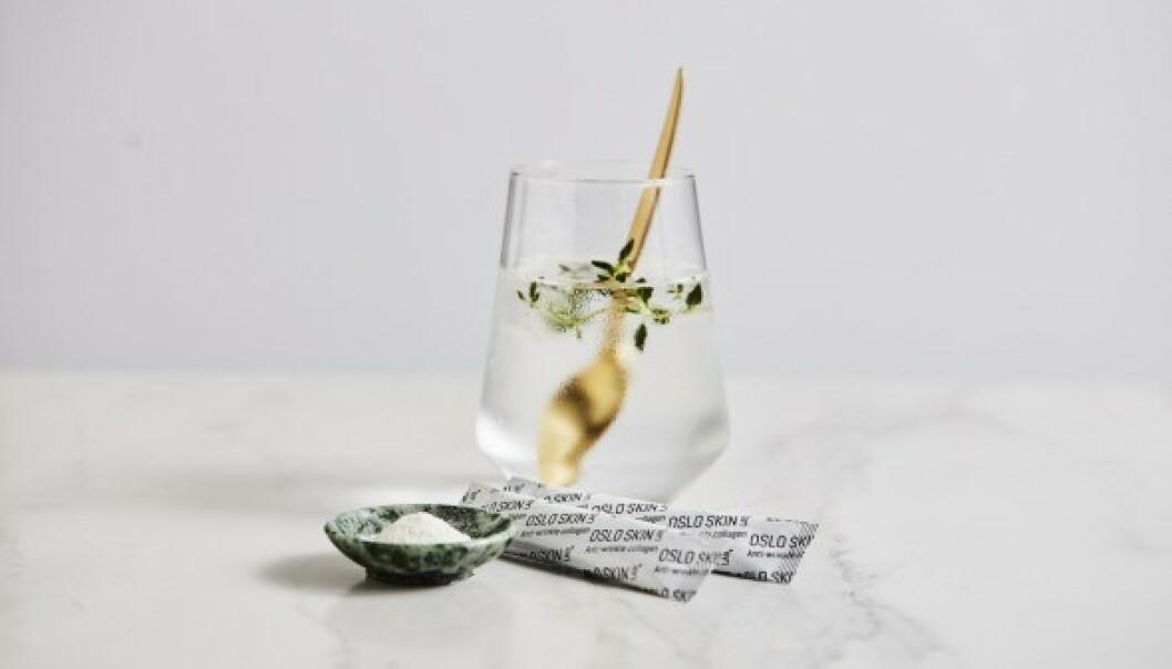 MORGENRUTINE: Katrine starter alltid dagen med å blande ut The Solution i et glass vann.