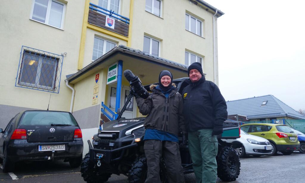 PÅ TUR: Trine Hamran og Frode Berg reiste på flere turer sammen, i forbindelse med dokumentarprosjekter. Her fra et besøk til Slovakia. Foto: Privat
