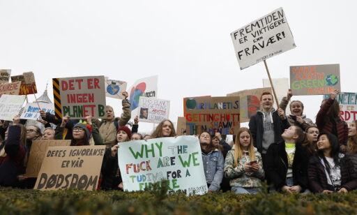 image: Streiker for klimaet: - Hvis jorda blir en søppelsekk, hva er plan B?