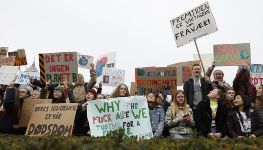 Streiker for klimaet: - Hvis jorda blir en søppelsekk, hva er plan B?