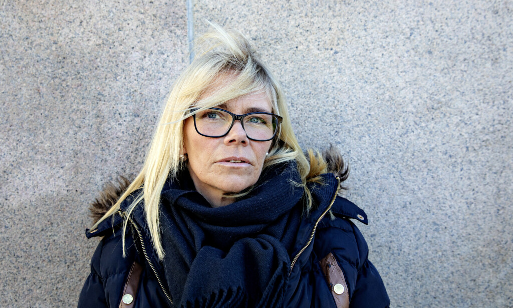 BLE AVVIST: Jenny Kjønnås (43) opplevde selv å bli avvist på krisesenteret fordi hun ruset seg. Nå er hun rusfri og jobber med ettervern i Rio Restart i Kristiansand. Foto: Nina Hansen /Dagbladet