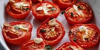 image: Slik skaper billige, bleike tomater sommer på kjøkkenet