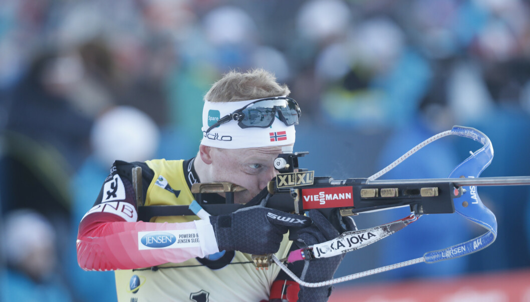 VANT: Johannes Thingnes Bø under verdenscup 12,5 km jaktstart menn skiskyting i Holmenkollen lørdag. Foto: Terje Bendiksby / NTB scanpix.