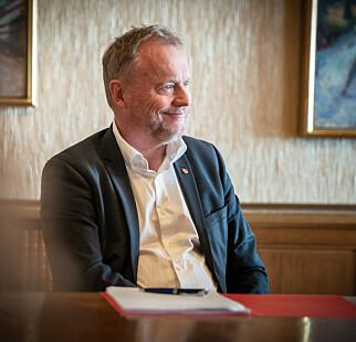 VIL VENTE: Byrådsleder Raymond Johansen (Ap) mener det er bedre å arrangerer jubileum for pakistansk innvandring i 2021. Foto: Øistein Norum Monsen / Dagbladet