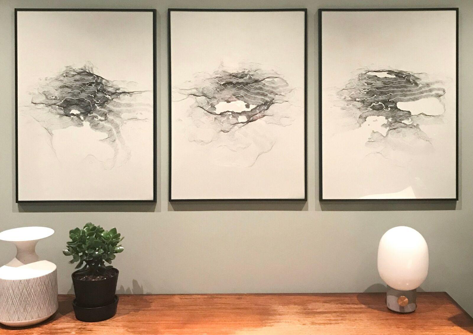Kjetil M. Golid selger utvalgte verk som print. På den måten kan du få resultatet av kode på veggen. 📸: Kjetil M. Golid