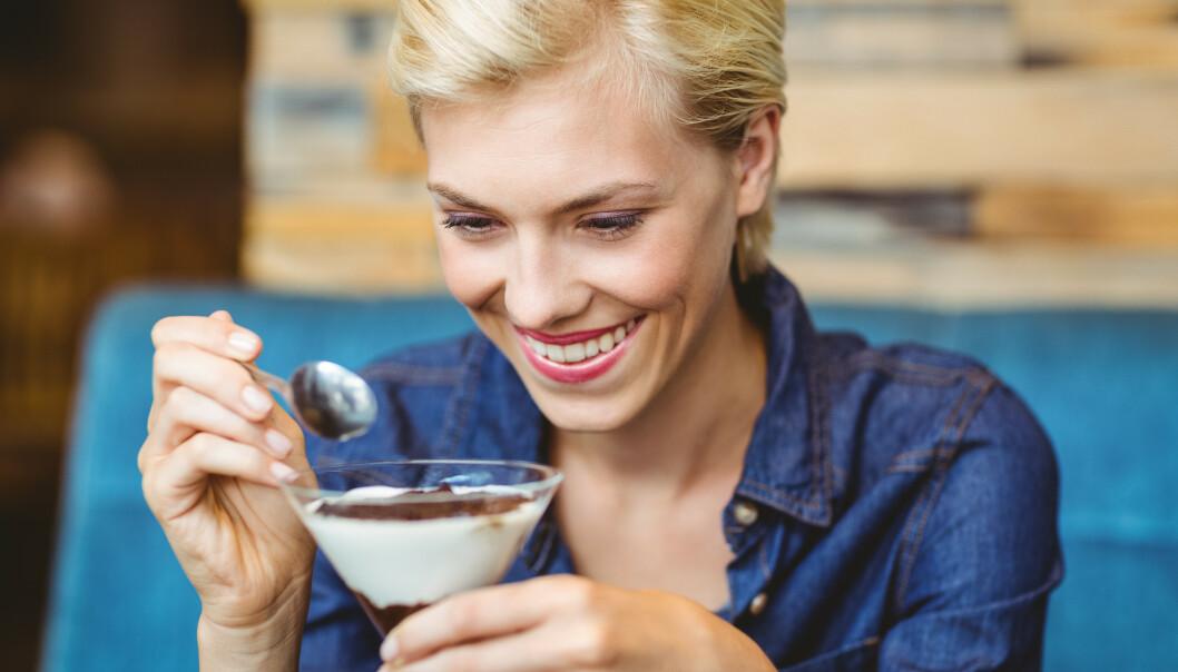 SUKKERAVHENGIGHET: Tegn på avhengighet er blant annet overspising/overdrevent inntak, abstinenssymptomer, craving/sug og sensitivering, sier ekspert. FOTO: NTB Scanpix