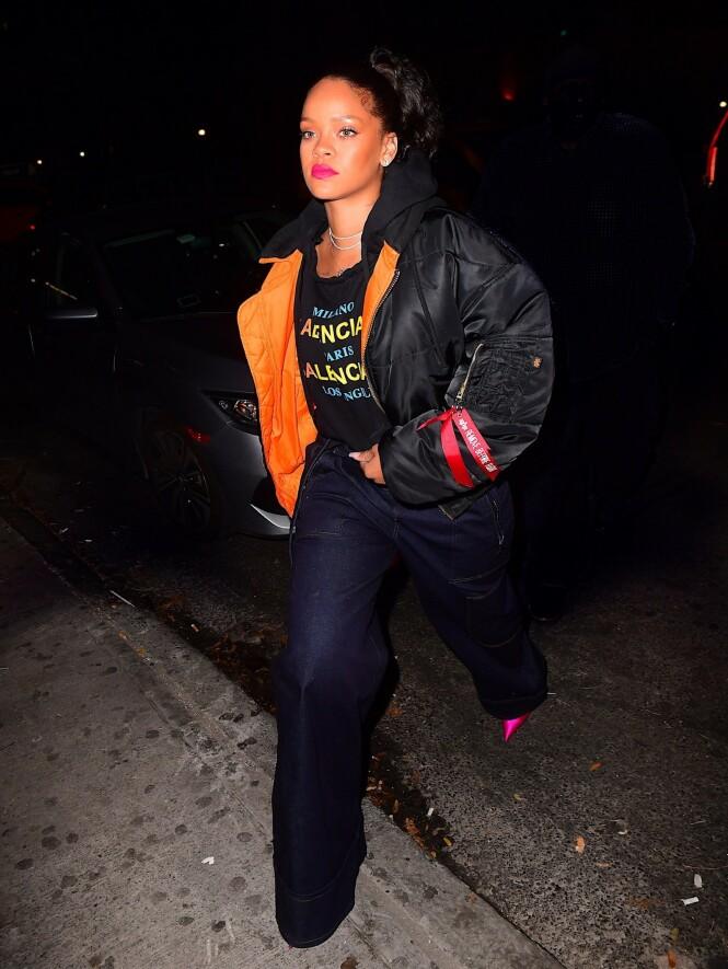 VERDENSSTJERNE: Rihanna er en av verdens største stjerner. Nå lurer fansen på om hun muligens forlover seg snart. Foto: NTB Scanpix