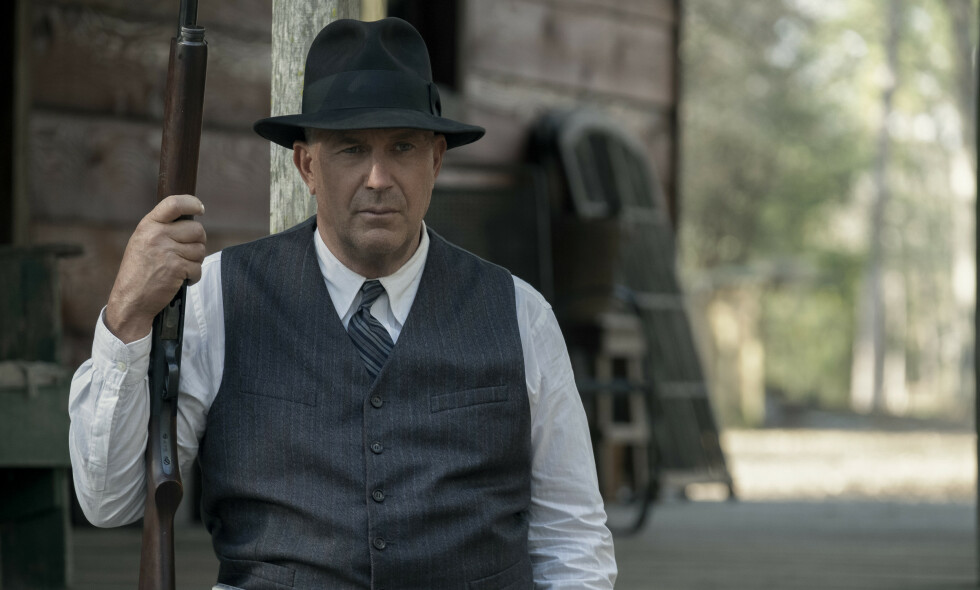 BASERT PÅ SANN HISTORIE: Kevin Costner er aktuell med Netflix-filmen «The Highwaymen», hvor han spiller en pensjonert Texas-ranger på sporet av skurkeparet Bonnie og Clyde. Foto: Netflix