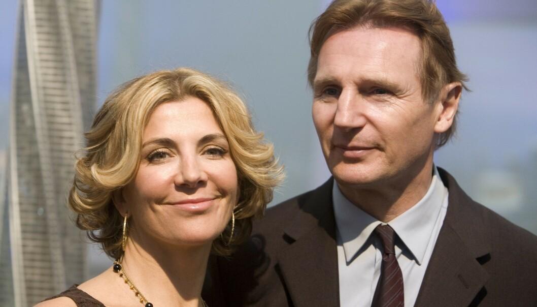 MISTET KONA: Natasha Richardson og Liam Neeson giftet seg i 1994. Som ektepar fikk de 15 år sammen og to barn, før Richardson døde i 2009, ett år etter at dette bildet ble tatt. Foto: NTB Scanpix