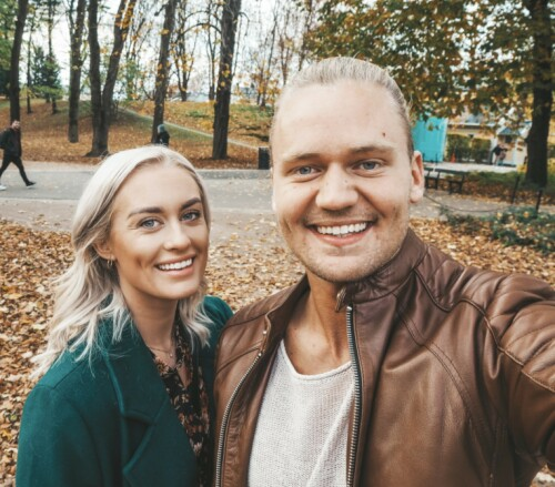 PAR I HJERTER: Andrea Sveinsdottir og Morten Dalhaug fant kjærligheten på tv under forrige «Love Island»-sesong. Foto: Privat
