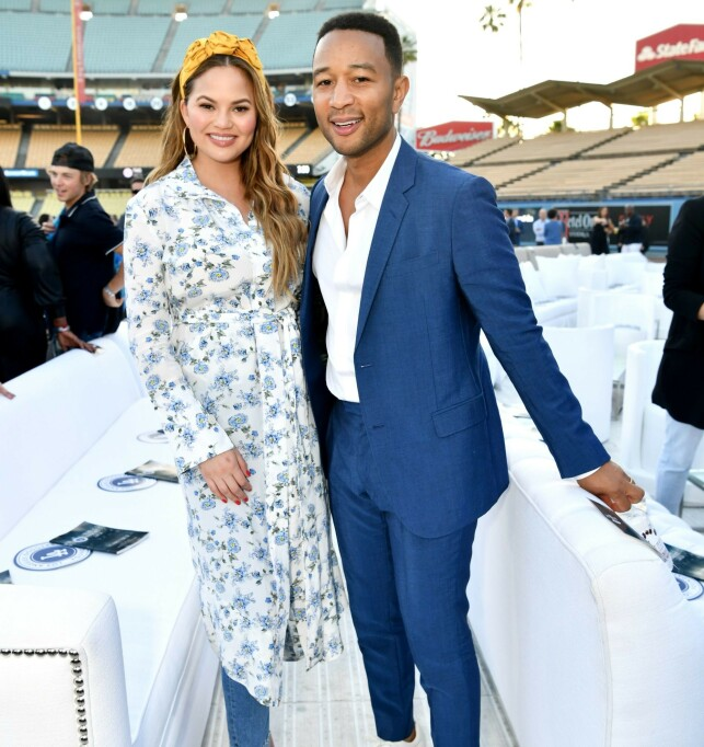 SUPER STARS: Chris Teigen and John Legend have been together since 2007, and currently tobarns parents. Photo: Scanpix NTV