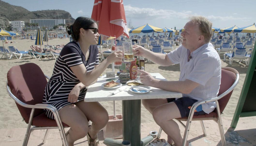 ROMANTIKK: Ifølge pressemeldingen tilbrakte Sandberg og Letnes en romantisk uke på Gran Canaria. Foto: TV3 / Nordi Entertainment Group