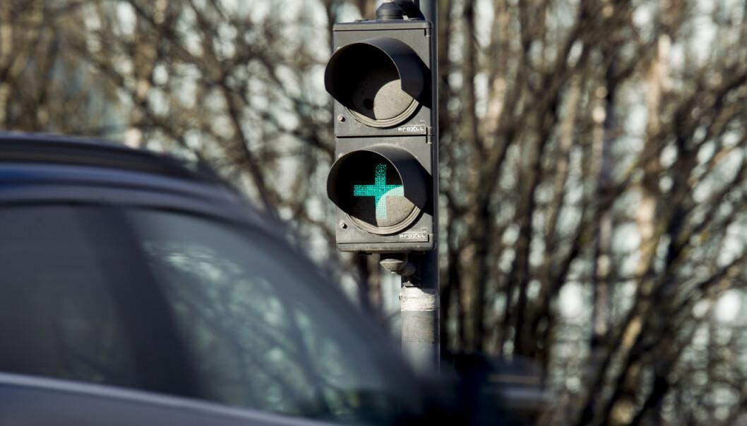 ØKER: Stadig flere elbiler passerer bomringene i landet. Diesel- og bensinandelen synker. Foto: NTB Scanpix
