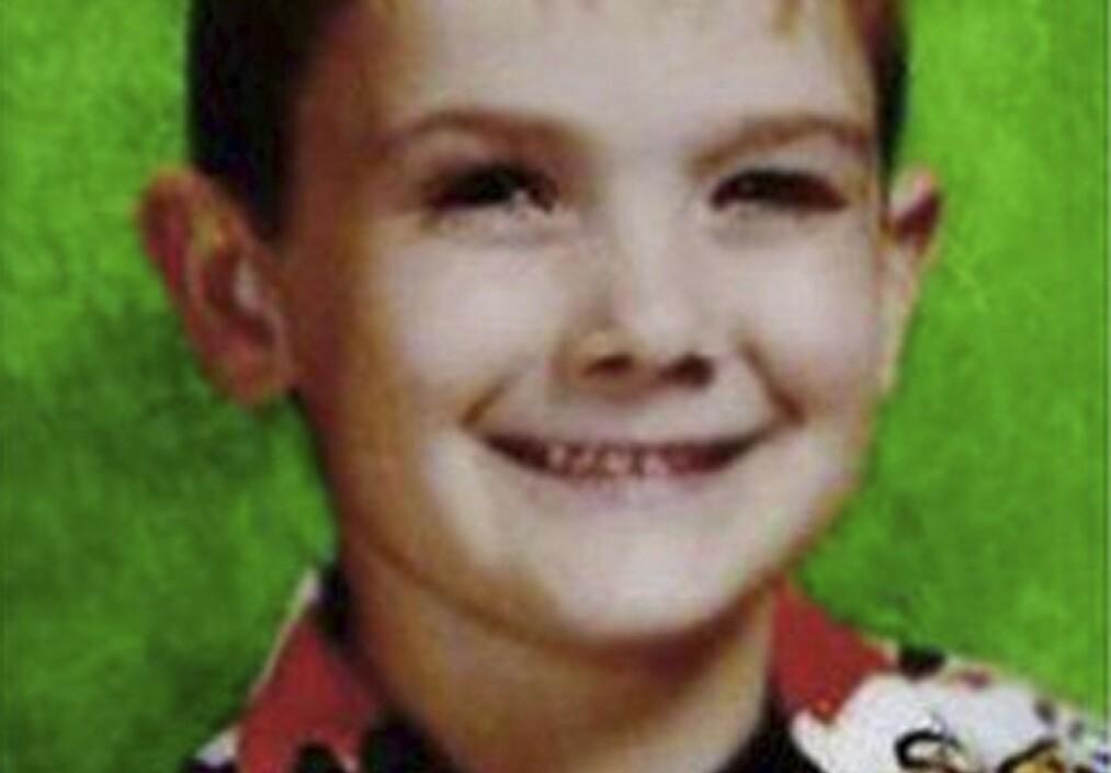 FORSVANT: Timmothy Pitzen forsvant i 2011 da mora begikk selvmord. Nå, åtte år etter, kan han ha dukket opp igjen, i live. Foto: Aurora Police Department