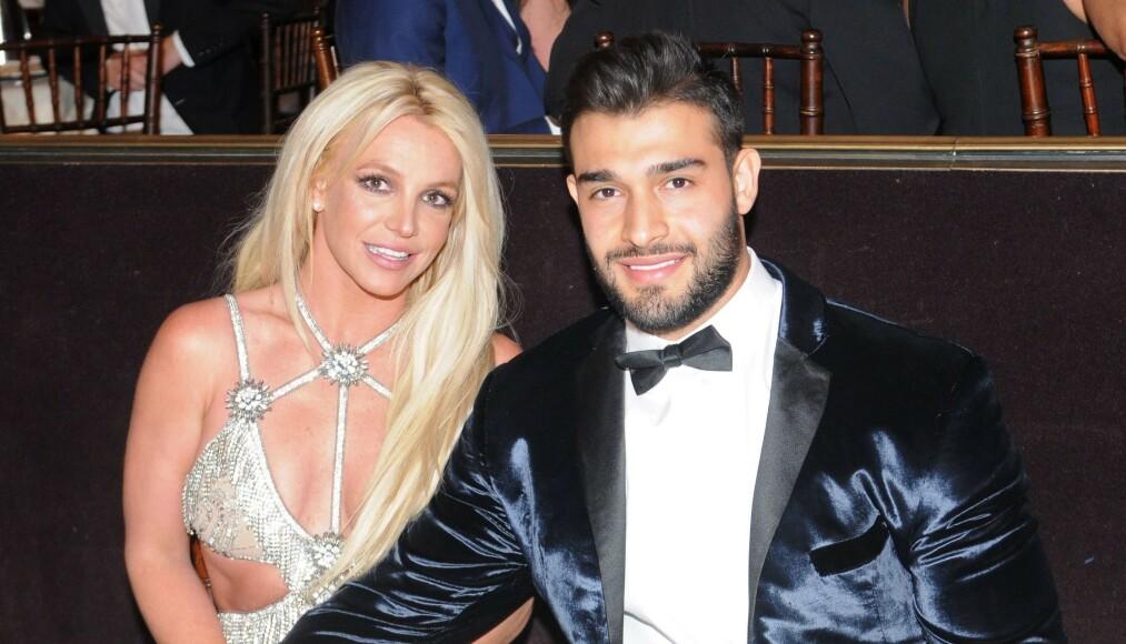 INNLAGT: Ifølge TMZ skal verdensstjernen Britney Spears ha lagt seg frivillig inn på en klinikk for å jobbe med sine mentale vansker. Kjæresten Sam Asghari hyller avgjørelsen. Foto: NTB Scanpix