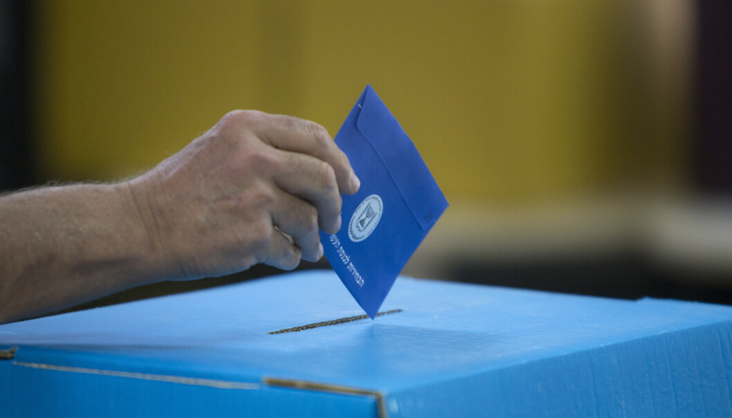 <strong>Det er knyttet stor spenning til valget i Israel (Foto:</strong> AP Photo/Sebastian Scheiner).