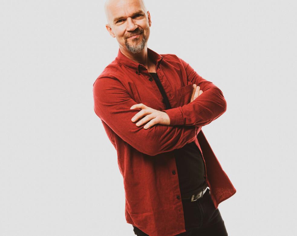 KK-spaltist Fredrik Steen meiner han sjølv ville slitt med truverdet som eigedomsmeklar. Kvifor? Det har visstnok med håret å gjere, meiner han sjølv då. FOTO: John Andresen