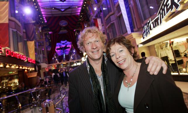 TRAVEL TID: Sven Nordin og Torhild Strand har tvillingene Liv og Mira sammen. Her er ekteparet fotografert i 2006. Foto: NTB scanpix