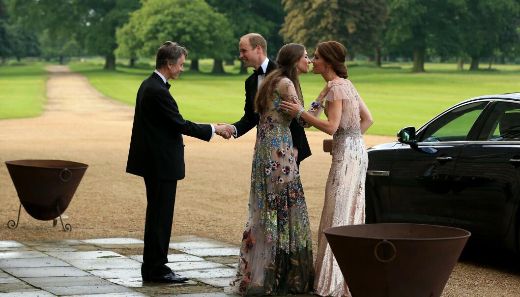 <strong>NABOER:</strong> David Cholmondeley, den 7. marki av Cholmondeley, og kona Rose Hanbury er naboene til prins William og hertuginne Kate. Det er også i de samme sosietetskretser. Dette bildet er fra et veldedighetsarrangement i 2016. FOTO: NTB Scanpix