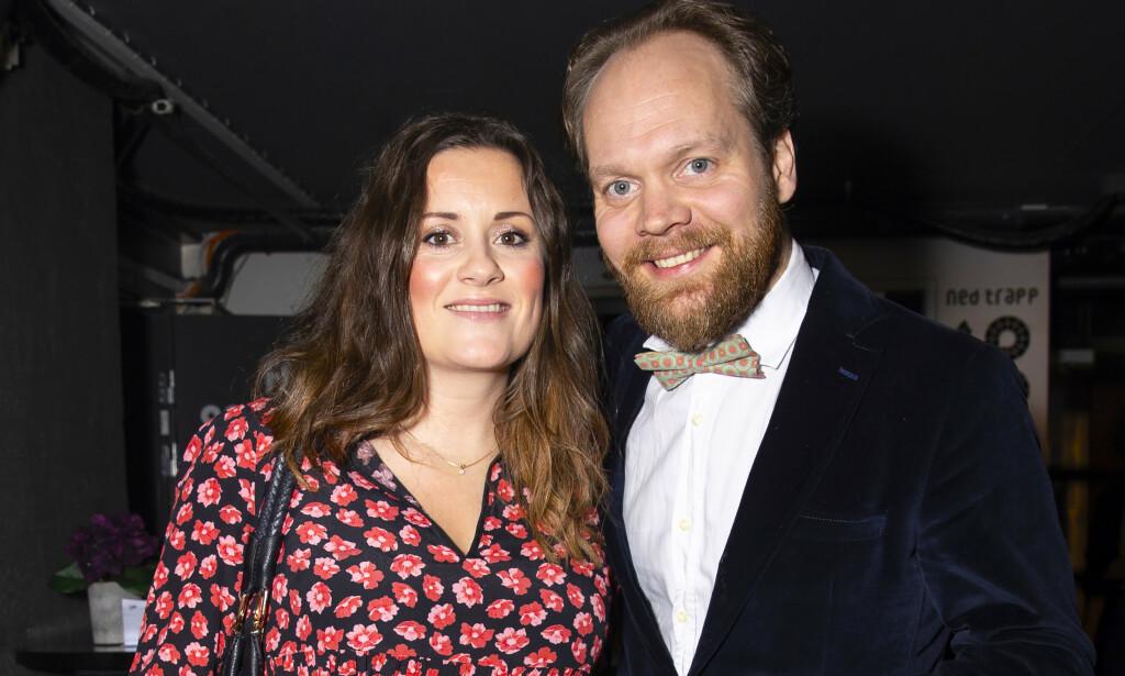 NÅ ER DE BLITT FORELDRE: Komikerparet Kristine Riis og Jon Niklas Rønning har ønsket sitt første felles barn velkommen til verden. Foto: Andreas Fadum/ Se og Hør