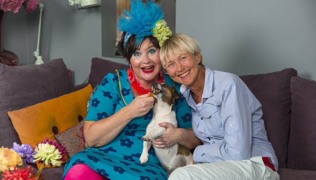 SAMHOLD: Christine Koth og Pernille Rygg giftet seg i 2013. Begge deltar i podkastserien om Kohts sykdomsbilde. Foto: Tor Lindseth/ Se og Hør