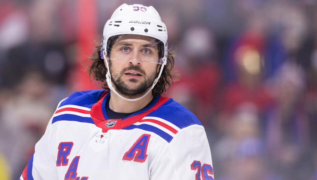 GOD MOTTATT: Mats Zuccarello sier han er godt mottatt i sin nye klubb. Her for gamleklubben, New York Rangers. Foto: Daniel Lea/Csm/REX