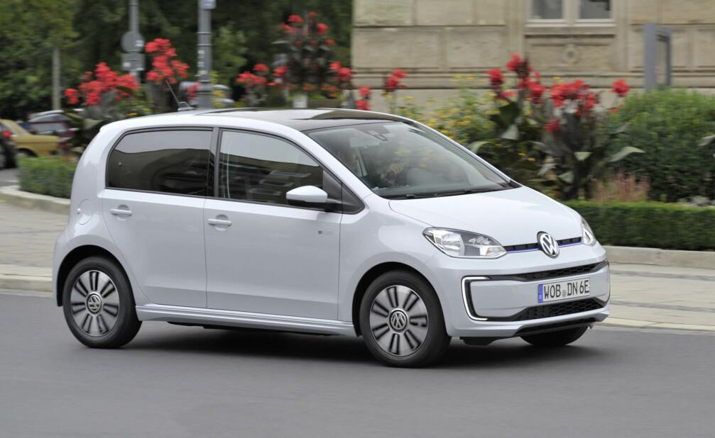 URBAN: VW e-UP er en liten urban matpakkefrakter med god plass og fire dører. Foto: VW